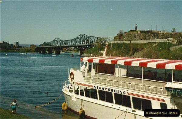 1992 May. Ottawa, Canada.  (10)10