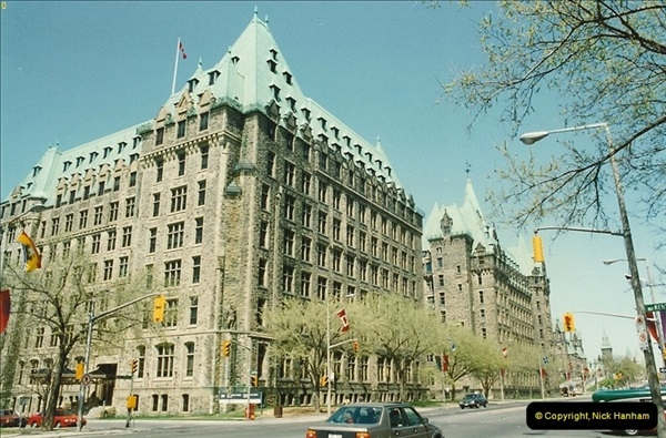 1992 May. Ottawa, Canada.  (25)25
