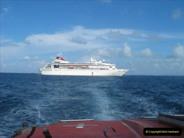 2005-11-12 Grand Caymen Islands.  (59)060