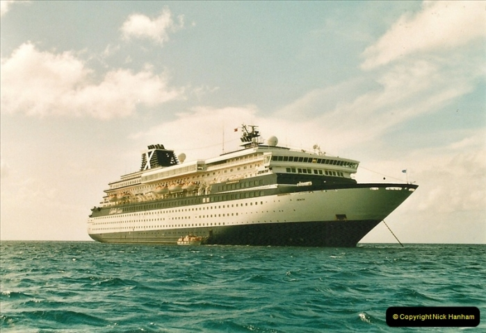 2005-11-12 Grand Caymen Islands.  (61)062