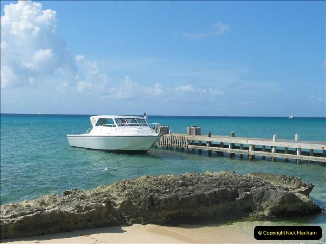 2005-11-12 Grand Caymen Islands.  (83)084