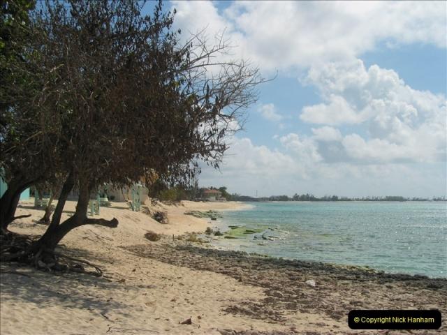 2005-11-12 Grand Caymen Islands.  (84)085