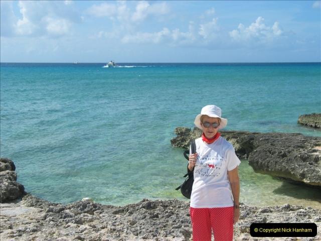 2005-11-12 Grand Caymen Islands.  (86)087