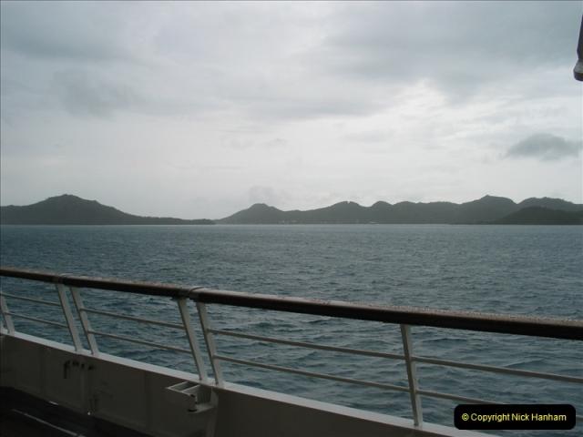 2005-11-15 Isla da Providencia (Columbia) Unable to tender in due to rough sea (11)160