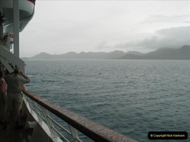 2005-11-15 Isla da Providencia (Columbia) Unable to tender in due to rough sea (3)152