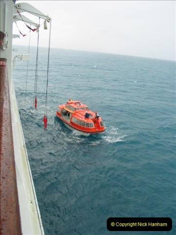 2005-11-15 Isla da Providencia (Columbia) Unable to tender in due to rough sea (5)154