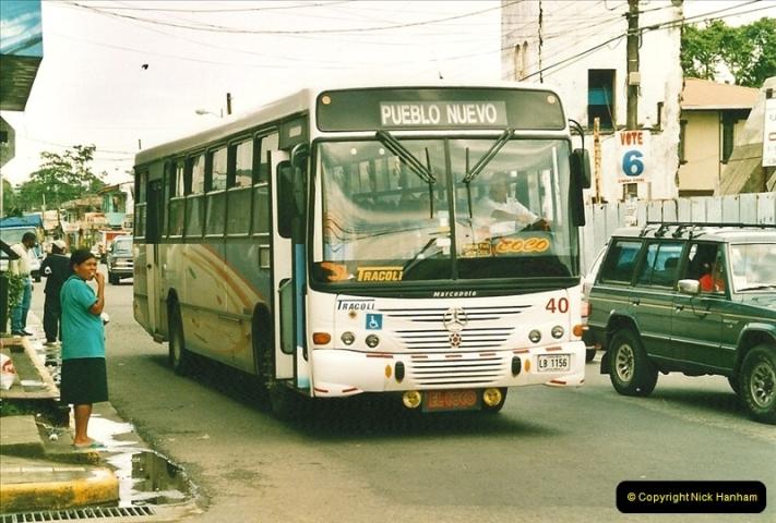2005-11-16 Puerto Limon, Costa Rica.  (16)183