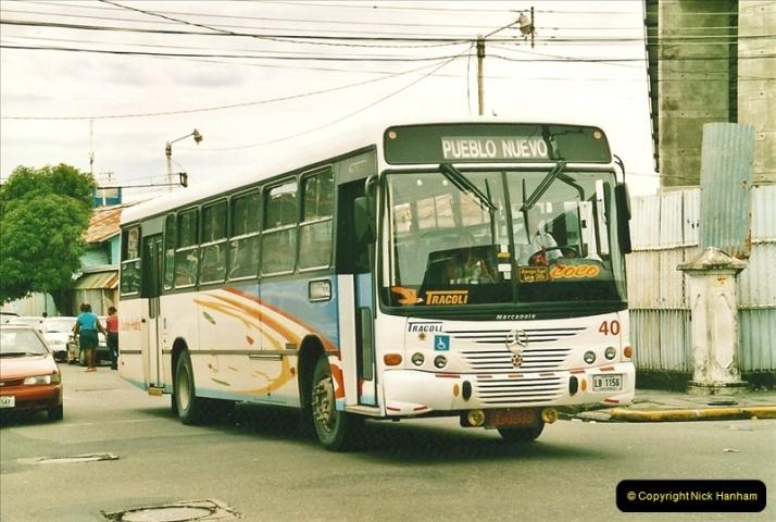 2005-11-16 Puerto Limon, Costa Rica.  (18)185