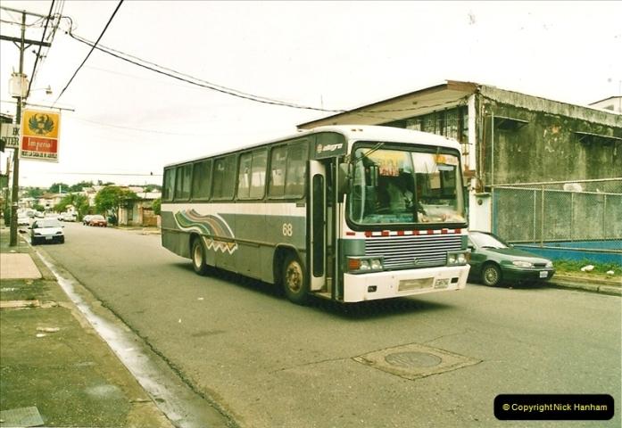 2005-11-16 Puerto Limon, Costa Rica.  (26)193