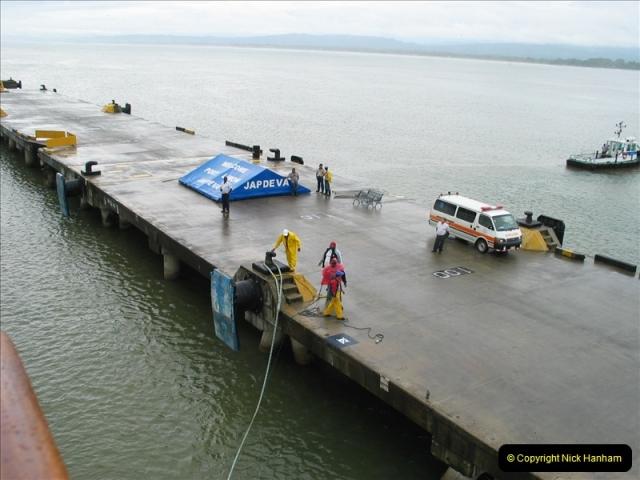 2005-11-16 Puerto Limon, Costa Rica.  (4)171