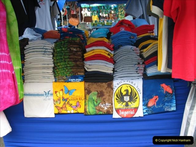 2005-11-16 Puerto Limon, Costa Rica.  (85)252