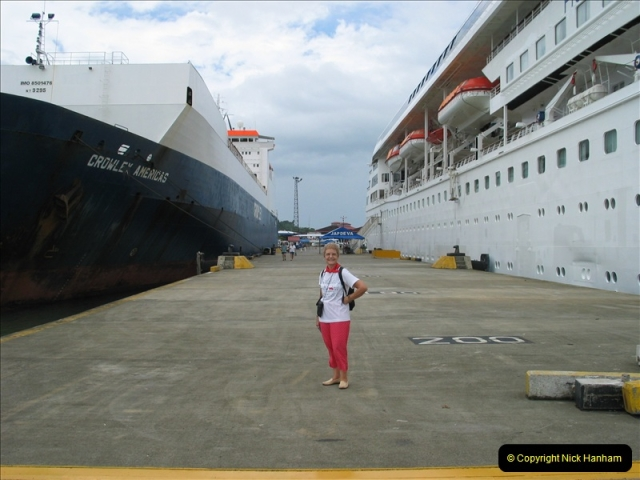 2005-11-16 Puerto Limon, Costa Rica.  (86)253