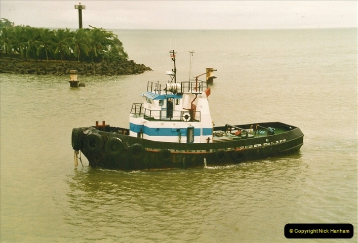 2005-11-16 Puerto Limon, Costa Rica.  (93)260