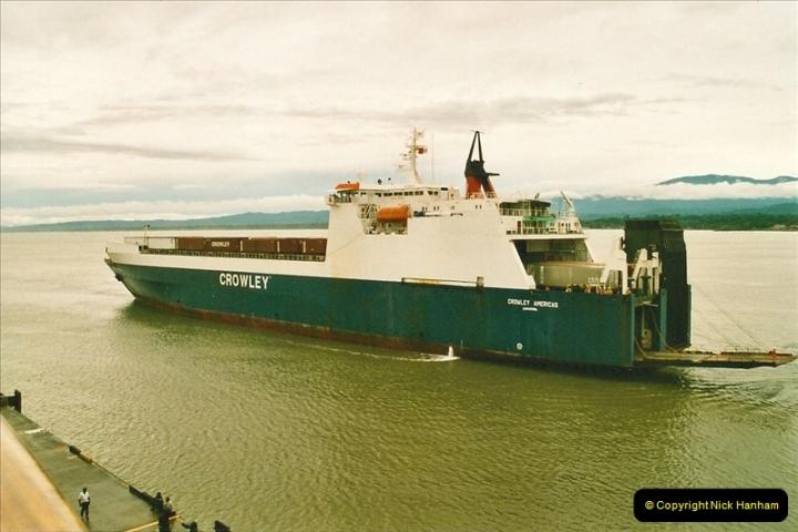 2005-11-16 Puerto Limon, Costa Rica.  (94)261