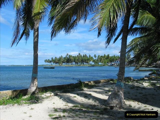 2005-11-17 San Blas Islands, Panama.  (28)301