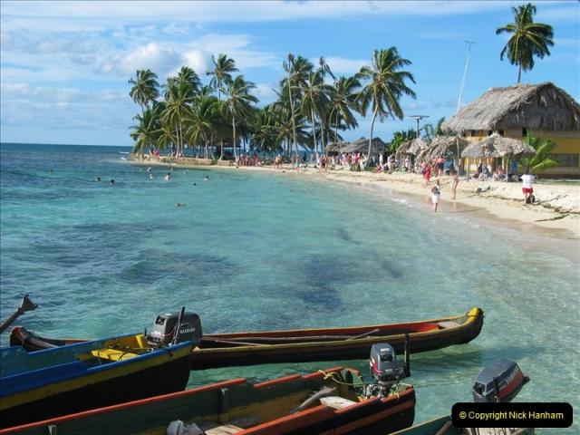 2005-11-17 San Blas Islands, Panama.  (41)314