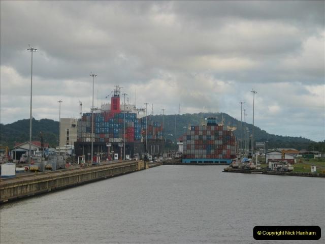 2005-11-18 PANAMA CANAL TRANSIT.  (37)361