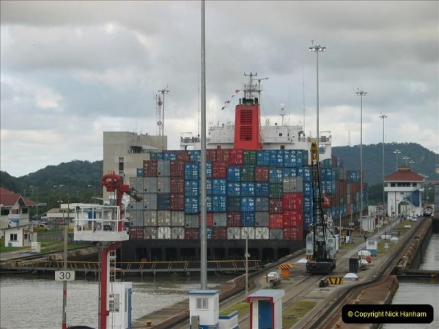 2005-11-18 PANAMA CANAL TRANSIT.  (41)365