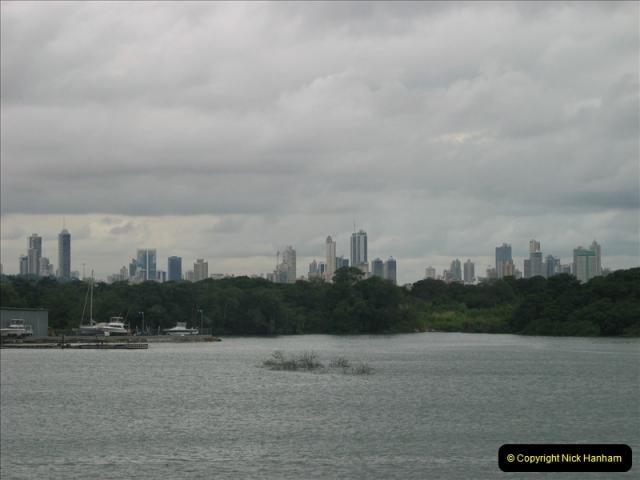 2005-11-18 PANAMA CANAL TRANSIT.  (52)376