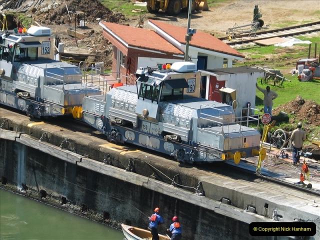 2005-11-18 PANAMA CANAL TRANSIT.  (5)329