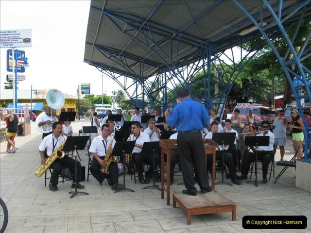 2005-11-20 Puntarenas, Costa Rica.  (16)409