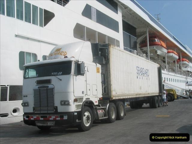2005-11-20 Puntarenas, Costa Rica.  (45)438