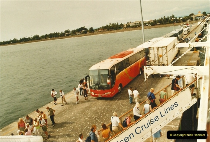 2005-11-20 Puntarenas, Costa Rica.  (62)455