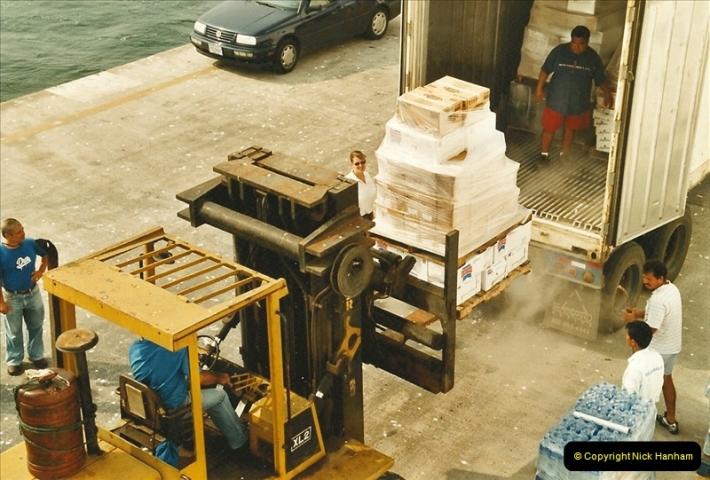 2005-11-20 Puntarenas, Costa Rica.  (70)463