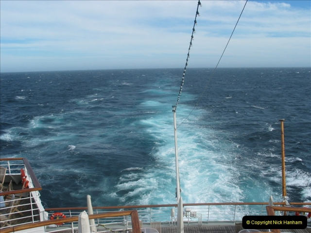 2005-11-21 & 22 At sea in the Pacific Ocean.  (4)477