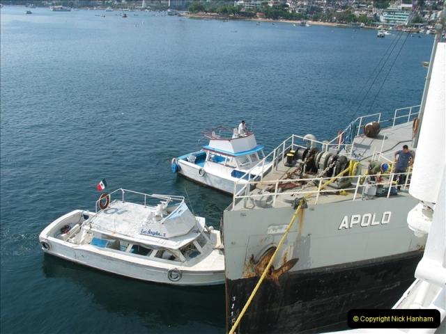 2005-11-23 & 24 Acapulco, Mexico.   (52)560