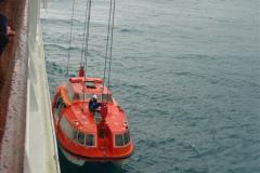 2005-11-15 Isla da Providencia (Columbia) Unable to tender in due to rough sea (9)158