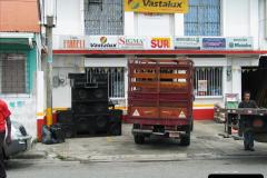 2005-11-16 Puerto Limon, Costa Rica.  (66)233