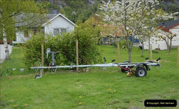 2012-05-18 Eidfjord, Norway.  (14)060