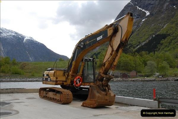 2012-05-18 Eidfjord, Norway.  (9)055