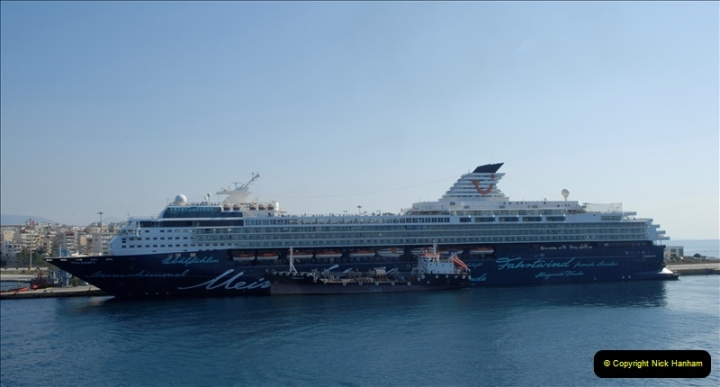 2011-11-01 The port of Piraeus & Athens, Greece.  (52)