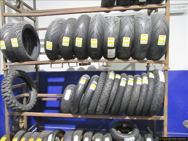 2017-11-02 Protyre visit by IAM Group Poole, Dorset.  (30)030
