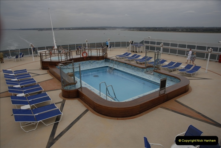 2011-04-14 to 17. Cunard Queen Victoria & Southampton.  (48)048