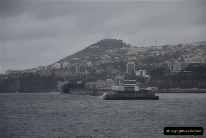 2011-04-17. Funchal, Madeira. Transport.  1 (5)209