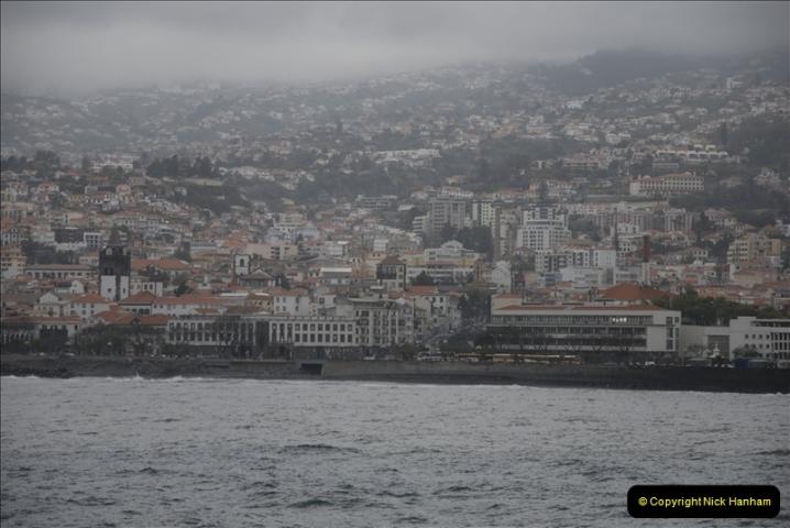 2011-04-17. Funchal, Madeira. Transport.  1 (6)210
