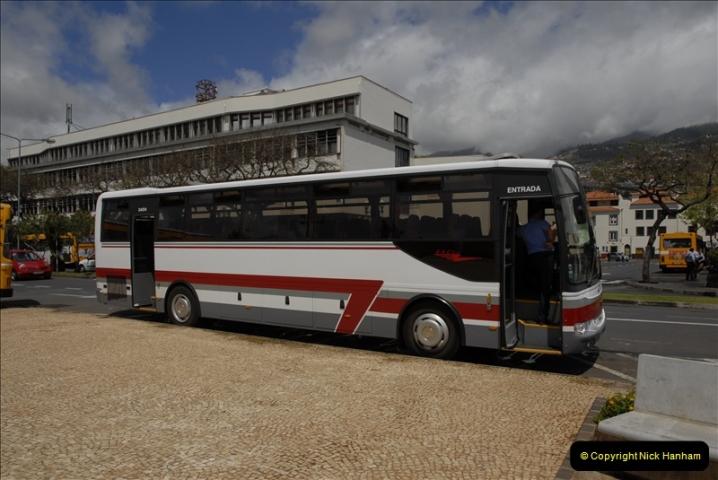 2011-04-18. Funchal, Madeira. Transport.  1 (102)306