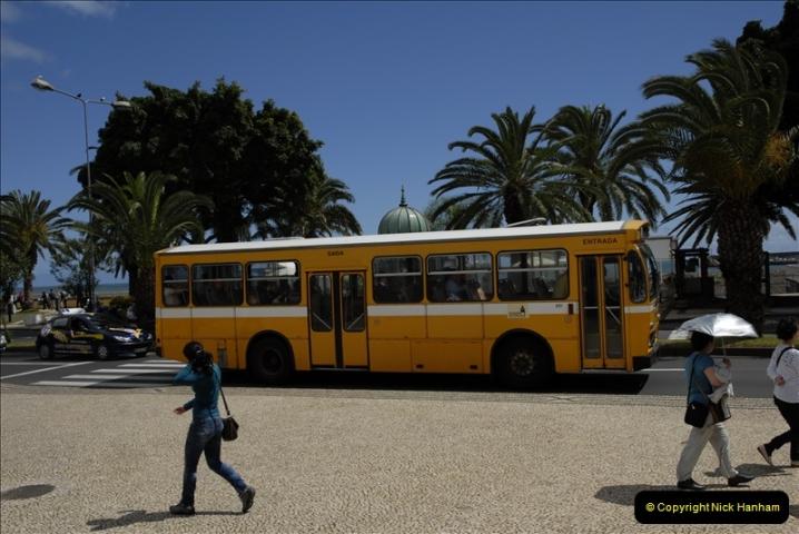 2011-04-18. Funchal, Madeira. Transport.  1 (121)325