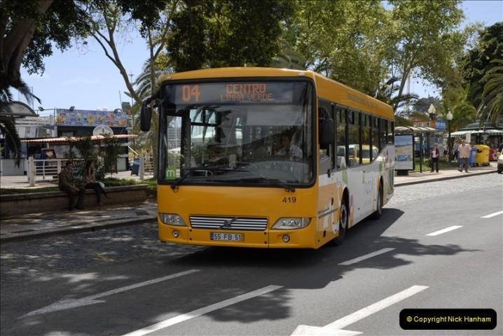 2011-04-18. Funchal, Madeira. Transport.  1 (122)326