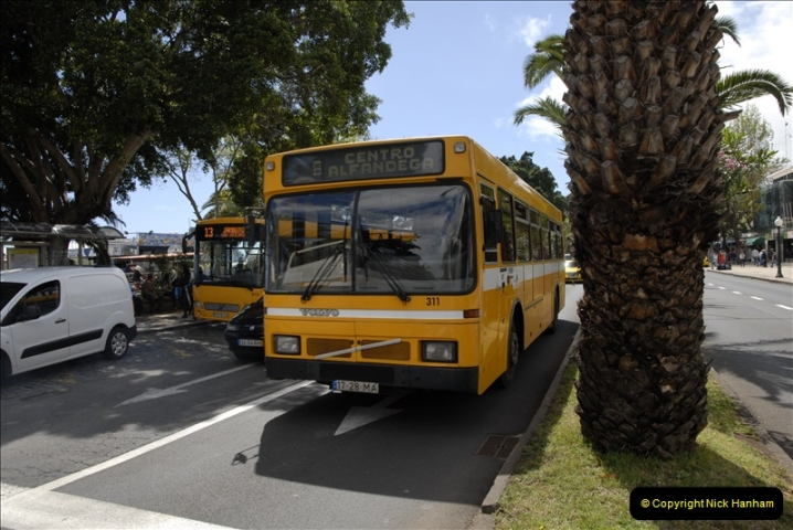 2011-04-18. Funchal, Madeira. Transport.  1 (126)330