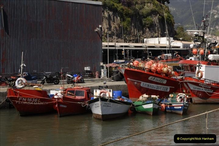 2011-04-18. Funchal, Madeira. Transport.  1 (134)338