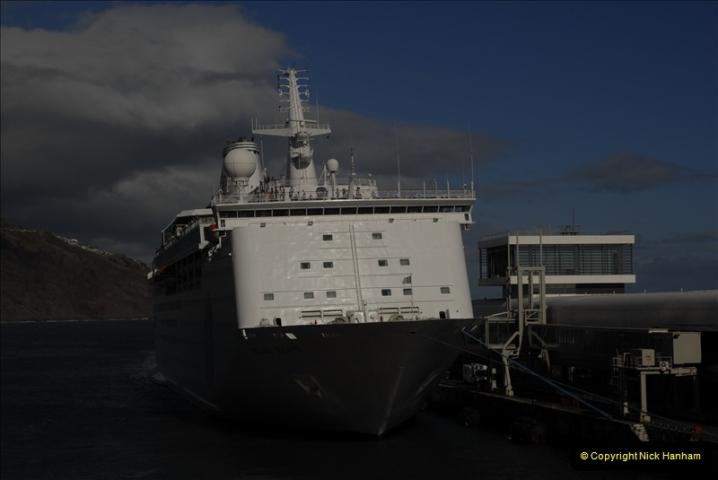 2011-04-18. Funchal, Madeira. Transport.  1 (149)353
