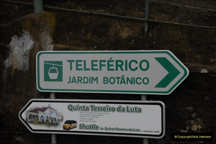 2011-04-18. Funchal, Madeira. Transport.  1 (40)244