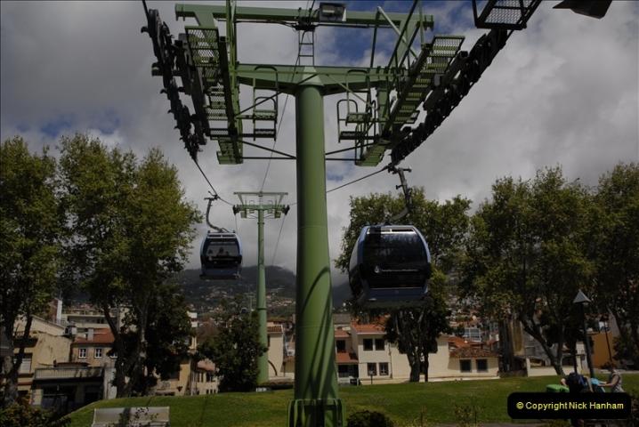 2011-04-18. Funchal, Madeira. Transport.  1 (42)246