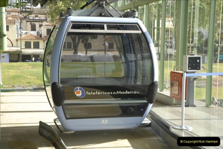 2011-04-18. Funchal, Madeira. Transport.  1 (45)249