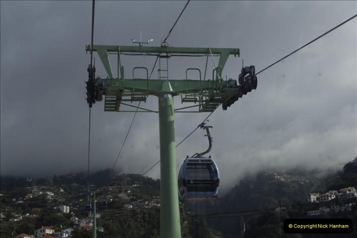 2011-04-18. Funchal, Madeira. Transport.  1 (64)268