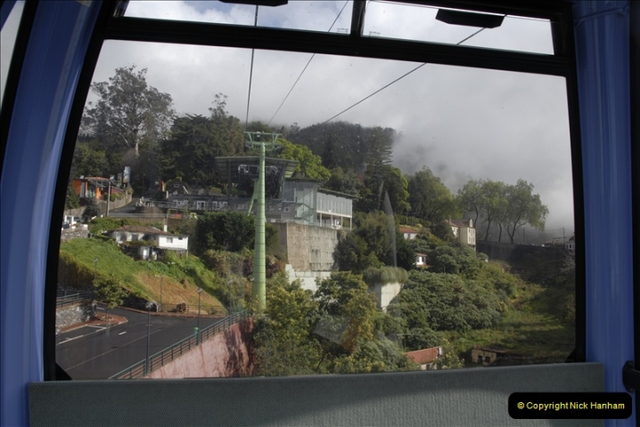 2011-04-18. Funchal, Madeira. Transport.  1 (68)272